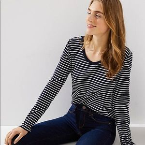 NWOT Ann Taylor Loft navy striped long sleeves tee